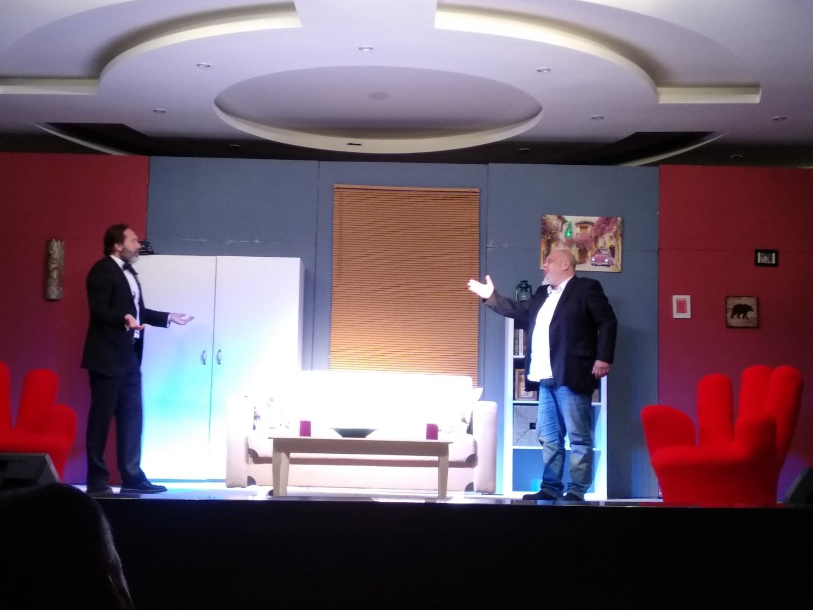 Nevşehir'i tiyatroya doyurmanın gururuyla