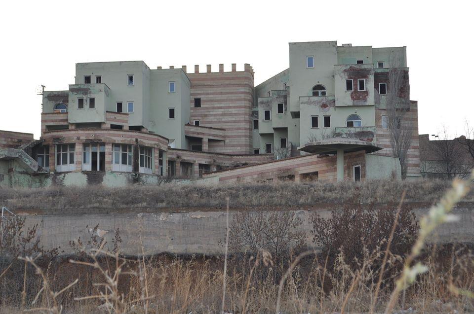 Kozaklı'daki tesis göz göre göre çürütüldü