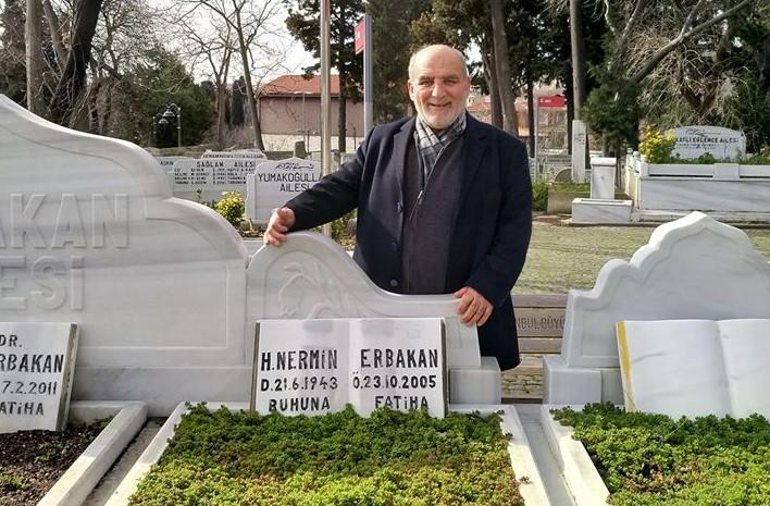SP İl Başkanı Erbakan'ın mezarını ziyaret etti