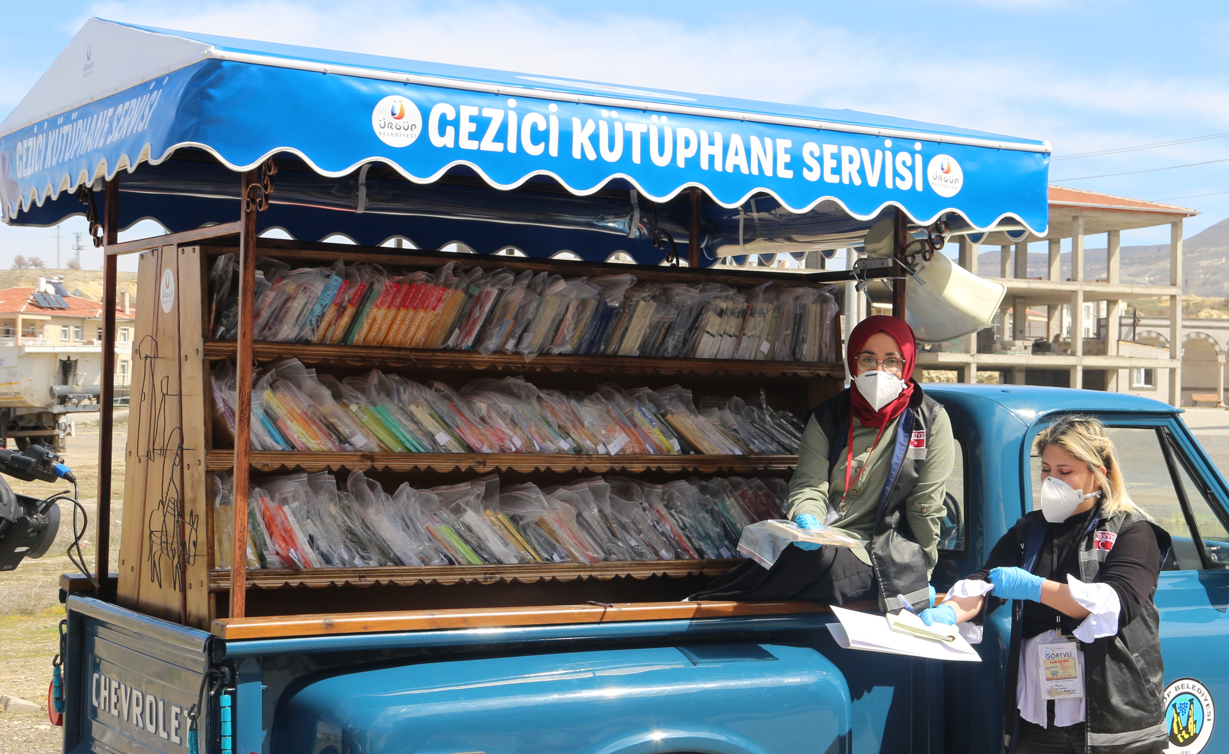 Ürgüp'te Gezici Kütüphane evlere kitap götürüyor