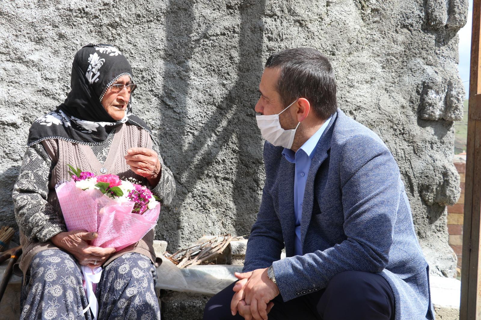 Asırlık Anneden Cumhurbaşkanı Erdoğan'a Dua