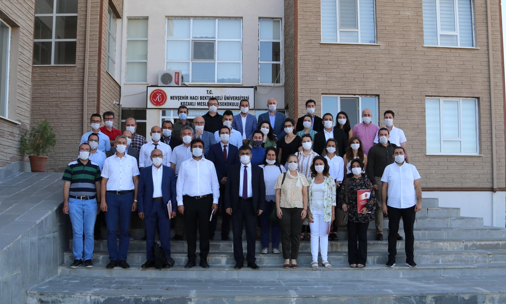 Rektör Aktekin, MYO Müdürleriyle bir araya geldi