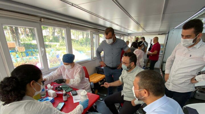 AK Parti Nevşehir teşkilatı kan bağışladı