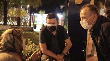 Necdet Ersan Parkı'nda vatandaşlarla sohbet etti