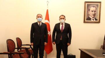 Vekil Menekşe Milli Savunma Bakanı Akar ile bir araya geldi