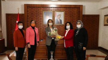 MHP'li kadınlardan Vali Becel'e ziyaret
