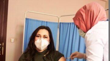Ürgüp'te sağlık çalışanları aşı olmaya başladı