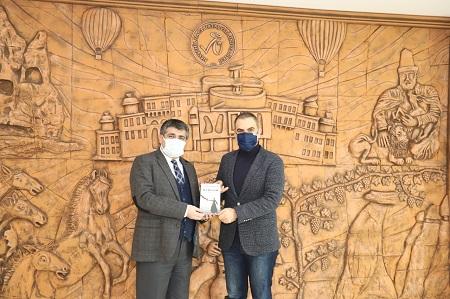 KAPTİD Başkanı Dinler, NEVÜ Rektörü Aktekin'i ziyaret etti