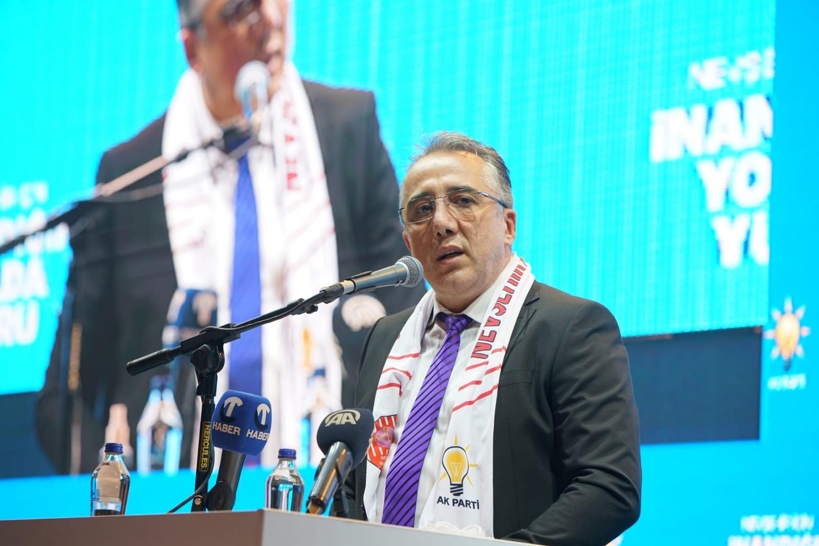 Belediye Başkanı Savran, AK Parti İl Kongresine katıldı