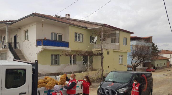 Nevşehir Kızılay ve Avanos Belediyesi Patates dağıttı