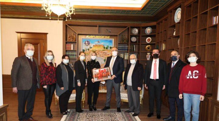 Altınyıldız Kolejinden Başkan Savran'a ziyaret