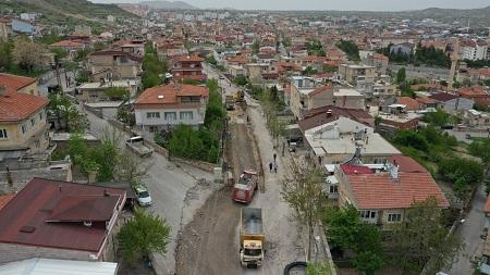 Yavuz Sultan Selim Caddesi'nde önce altyapı sonra sıcak asfalt