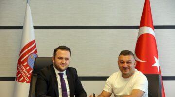 Nevşehir Belediyespor'da ilk imza Tuncay Koçin'den