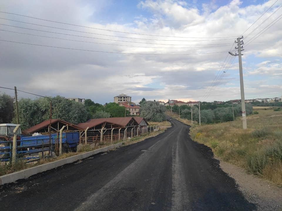 Hacıbektaş'ta asfaltlama çalışmaları sürüyor