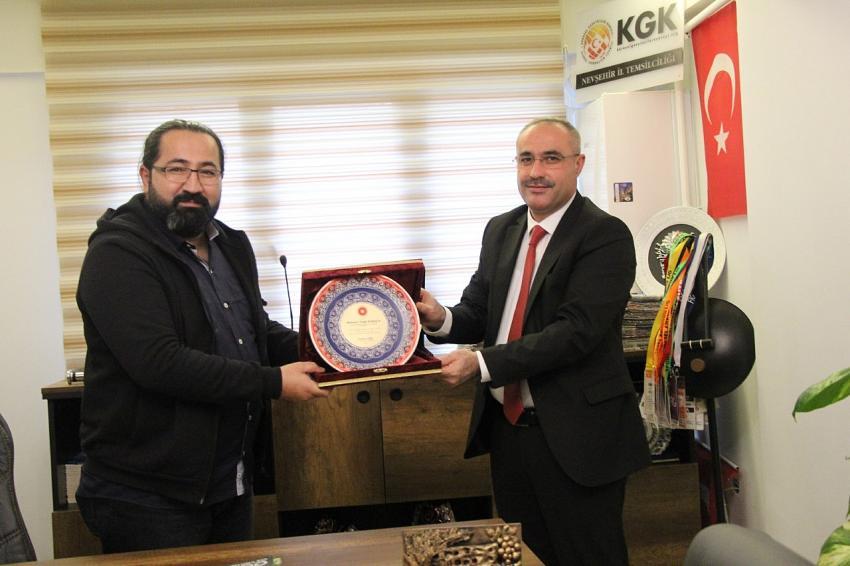 Karaca'dan KGK'ya destek veren Dinç'e teşekkür