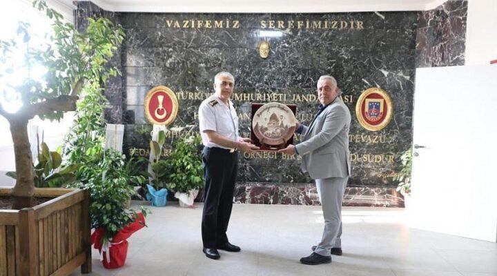 Başkan Eren'den komutana hayırlı olsun ziyareti