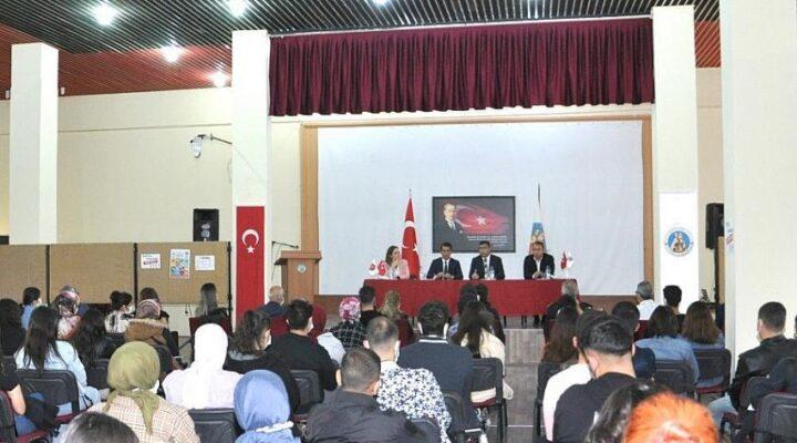 Öğrencilere yönelik uyum programı düzenlendi