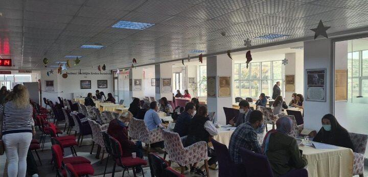 Altınyıldızda 5. ve 8. sınıflar veli toplantıları