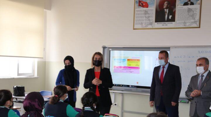 Vali Becel okul ziyaretlerine devam ediyor